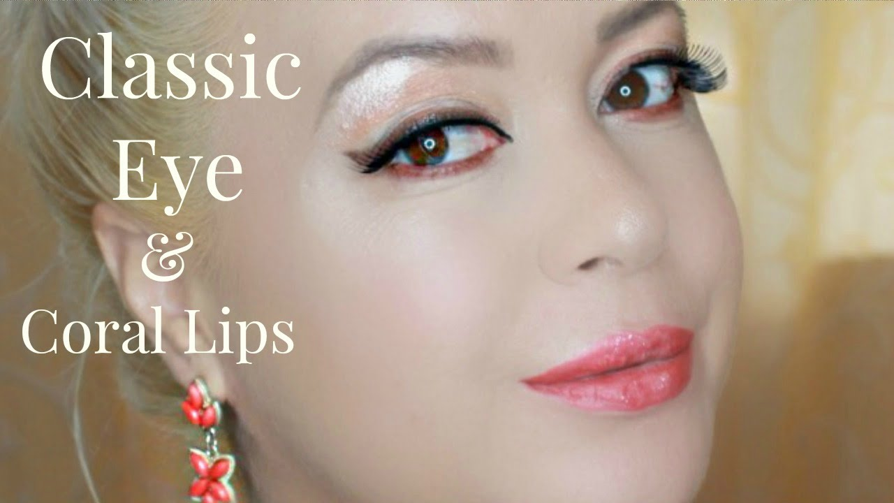 classic eye and coral lips